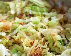 Sauteed cabbage is so flavorful. Cooking the cabbage this way results in crispy, tender caramelized cabbage just right for any meal. Sauteed Cabbage Good Dinner Mom gooddinnermom Food-e-licious Sauteed cabbage is so flavorful. Cooking the cabbage t Side Dish Recipes, Vegetable Recipes, Vegetarian Recipes, Cooking Recipes, Healthy Recipes, Cooking Vegetables, Sauteed Vegetables, Sauteed Cabbage, Cooked Cabbage Recipes
