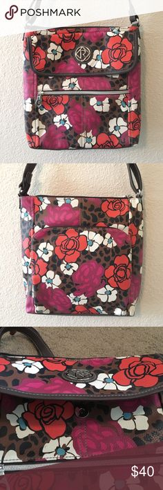 GORGEOUS Floral Purse! BY FAR my favorite accessory in my collection, I'm so sad to let this one go! This beautiful floral leather purse has an adjustable strap that can be worn as a cross body, or just regular. It comes with FOUR perfectly sized zipper compartments, and one compartment that's perfect for lip balms, glosses, or even a small cellphone! You don't want to miss out on this item. **I am willing to negotiate a price for this piece!!** Relic Bags Mini Bags