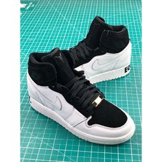 on sale ff194 f471d Air Jordan 1 Retro High Equality Jordan Generation Classic High All-Match  Culture Sneakers Black Moon Peace Aq7474-001