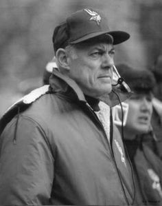 Bud lived a couple of blocks from us in Minnesota and I would often run into him (not literally) in the neighborhood. Really nice guy and one of the finest the NFL has ever produced. Bud Grant Minnesota Vikings NFL Football Hall of Fame. Minnesota Vikings Football, But Football, Vikings Game, Football Hall Of Fame, Best Football Team, Sport Football, National Football League, Football Memes, Football Players