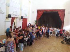 Angol használt gyerekruha vásár. 2014.06.07-én Siklós Művházban. Reméljük mindenki talált magának való ruhát.  http://www.minivarazs.hu/