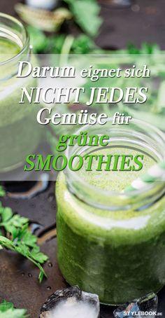 Grüne Smoothies sind gesund. Doch manche Zutaten gehören nicht in den Shake. Manche enthalten erhöhte Nitrat-Werte. Andere sind roh nicht nur schwer zu verdauen. STYLEBOOK gibt einen Überblick.
