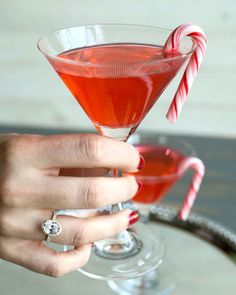 Cheers to the weekend!   style: 17307Y14 Click #linkinbio to view in 360! . . . . #JamesAllenRings #diamonds #diamondring #engagementring #oval #ovalshape #engaged #fiance #groom #bride #weregettingmarried #marriedforlife #candy #candycane #red #cocktails #manicure #rednailpolish #mint #saturday #thirsty #yummy #holidaydrinks #saturdayvibes #saturdayevening #eventful #december #sweetshop