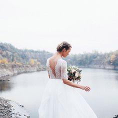 в её руках рождался ветер / the wind was born in her hands  florals - @mulberrydecor  dress - @carouselfashionshop  вся серия по ссылке в профиле / more images you can find in the link in bio.  #bride #chicvintageweddings #weddingphotographer #marrige #bryllup #bröllop #sposa #boda #dugun #weddingphotoinspiration #weddingideas #andreyharchenko #weddingdress #feel_wedvibes #fineartcuration #weddingdiary #weddingforward #forwedding_app #weddingstyle #ukrainewedding #ukraine_reccomends #ЛеняОля