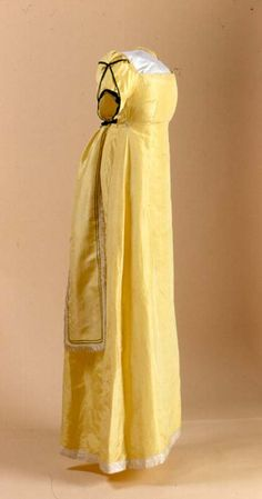 Gown Canadian c 1810 silk taffeta with liseré ribbon and velvet. New Brunswick Museum