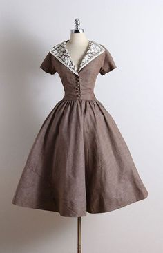 Ideas For Moda Vintage Outfits Beautiful Moda Vintage, Vintage Mode, Vintage Style, 1950s Style, 50s Vintage, Vintage Ideas, Retro Style, Vintage 1950s Dresses, Vintage Outfits