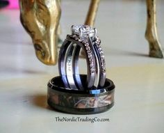 New! Camo Wedding & Engagement Rings 4 Ring Set Men's Black Tungsten Camoflague Inlay Band Women's 3 ring set Chocolate ( Brown ) Princess Cut 1.4ct CZ Center Stone His Hers Couples Rings Bands