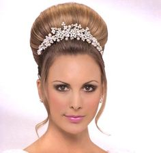 Wedding hairstyle with tiara of pearls