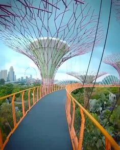 Gardens by the Bay, Singapore 🇸🇬 - Design Jardin Singapore Travel, Destination Voyage, Gardens By The Bay, Travel Videos, Beautiful Places In The World, Plantation, Travel Usa, Asia Travel, Vacation Places