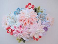 つまみ細工 剣菊の応用で作る物 の画像|つまみ細工 花ちりめん