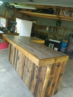 """Check out our website for more information on """"bar furniture ideas houses"""". Check out our website for more information on """"bar furniture ideas houses"""". It is a superb area to read more. Diy Home Bar, Diy Bar, Bars For Home, Basement Bar Designs, Home Bar Designs, Basement Ideas, Backyard Bar, Patio Bar, Wood Pallet Bar"""