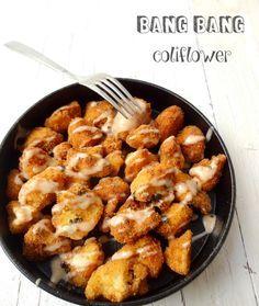 Coliflor Bang Bang: Coliflor empanada con salsa picante de mayonesa y miel