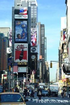 Picture of Times Square - New York City - Free Pictures - FreeFoto.com #EasyNip