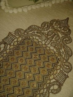 Beaded Embroidery, Embroidery Stitches, Embroidery Designs, Beginning Embroidery, Point Lace, Diy Crafts, Fanfiction, Crochet, Image