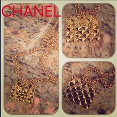 CHANEL NECKLACE Authentic Vintage Chanel necklace that is substantial weight for chain & Chanel charm - Great/Wonderful condition. CHANEL Jewelry Necklaces