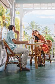 Key West, Florida : The Perfect Destination For A Weekend Getaway | Honeymoon Spot in the USA Key West The Perfect Getaway, Romantic Getaway, Romantic Travel, Romantic Destinations, Amazing Destinations, A Far Off Place, Dolphin Encounters, Honeymoon Spots, Key West Florida