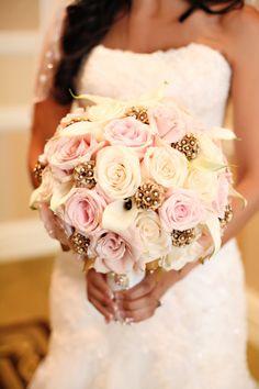 Dazzling Bridal Bouquets