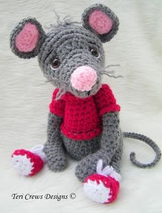 Crochet Pattern Cute Mouse by Teri Crews Wool by TeriCrewsCrochet