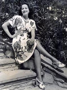 1943 Merle Oberon