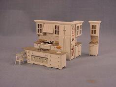 Pie Kitchen - Click Image to Close quarter scale Miniature Dollhouse Furniture, Miniature Kitchen, Diy Dollhouse, Dollhouse Miniatures, Three Story House, Sink In Island, Paris Home, Dolls Prams, Micro House
