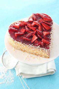 geburtstags pudding ein s es geschenk mit erdbeeren kunterbunte kinder rezepte pinterest. Black Bedroom Furniture Sets. Home Design Ideas