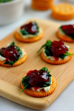 Easy to make and full of flavor, these crispy Spinach and Brie Bites are loaded with fresh spinach, creamy brie, and strawberry jam!