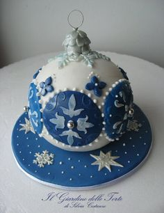 Blue and white Christmas cake ball ornament.