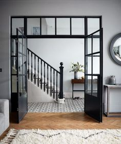 Bright hallway with natural light. Bright hallway with natural light. Farrow Ball, Modern Staircase, Staircase Design, Modern Hallway, Staircase Ideas, Spiral Staircases, Crittal Doors, Crittall Windows, Bright Hallway