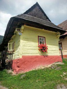 Skanzeny a múzeá v prírode na Slovensku, Cestomama, blogy| Naničmama.sk Gazebo, Outdoor Structures, Cabin, House Styles, Outdoor Decor, Travel, Home Decor, Kiosk, Viajes