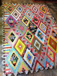 Hexagon quilt, started with Brigitte Giblin. Made by Kay Haydon - English paper piecing by Kay Haydon with contemporary and reproduction fabrics.