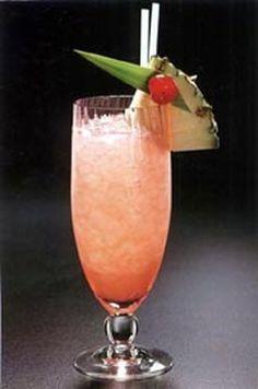 La panthère rose (gin, jus d'ananas, jus de citron, sirop de grenadine)