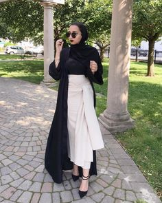 """2,492 Likes, 113 Comments - lamyaa (@_laaam) on Instagram: """"GIVEAWAY with @niswafashion to win $50 GIFT CARD!! ✔Rules to enter: 1. Follow @niswafashion and…"""""""