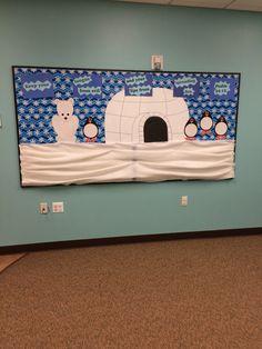 Arctic Chill series bulletin board: polar bear, igloo, penguins Bear Crafts Preschool, Preschool Ideas, Winter Bulletin Boards, School Bulletin Boards, School Projects, Projects For Kids, Bullentin Boards, Snow Much Fun, Hat Crafts