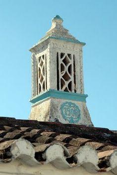 """Centro de Investigação e Informação do Património de Cacela: """"A chaminé e a platibanda no Algarve"""""""