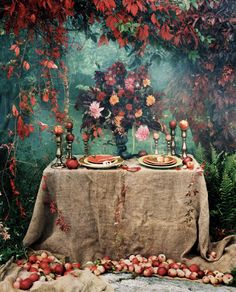 Gorgeous table setting for #fall or a very unique #Thanksgiving!