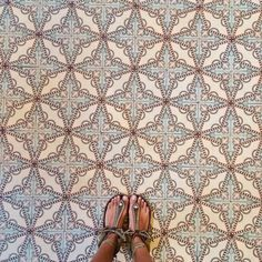 . More Graphic Design, Decor Ideas, Tile Patterns, Gorgeous Tile, Nails Patterns, Hidraul Tile, Patterns Interiors, Sincerelyjul Photo, Patterns Inspo #tiles #pattern #interiors Gorgeous tiles Nail pattern inspo