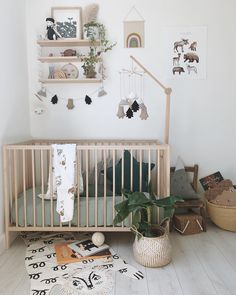 Baby nursery design ideas animal prints 61 ideas for 2019 Baby Nursery Neutral, Baby Nursery Decor, Nursery Design, Nursery Room, Girl Nursery, Natural Nursery, Bedroom Neutral, Baby Room Design, Boho Nursery