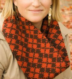 Free Knitting Pattern for Argyle Cowl - Cowl knit in the round in stranded colorwork. Worsted yarn. Designed by Tanis Gray