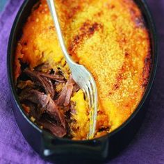 Recette parmentier de canard aux patates douces - Marie Claire France is an independent nation in Western Europe and the biggest market of a large overseas Cooking Time, Cooking Recipes, Healthy Recipes, Super Dieta, Food Porn, Good Food, Yummy Food, Winter Food, Marie Claire