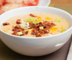 Loaded cauliflower soup (Instant Pot or stovetop) - Loaded Cauliflower, Cauliflower Soup, Bacon Potato, Potato Soup, My Recipes, Diet Recipes, Keto Banana Bread, Creamed Potatoes, Pureed Soup