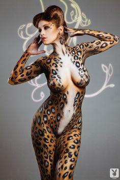 Leopard bodypaint | repinned by www.BlickeDeeler.de