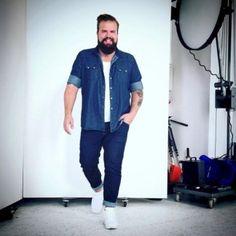 Mens plus size fashion, chubby men fashion, large men fashion, fat fash Mens Plus Size Fashion, Chubby Men Fashion, Large Men Fashion, Fat Fashion, Fashion Mode, Fashion Photo, Winter Fashion, Womens Fashion, Super Moda