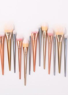 Pro 7pcs Makeup Brushes Set Powder Foundation Eyeshadow Eyeliner Lip Brush Tool