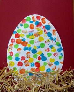 The most beautiful egg in the world! (Helme Heine) - Christina Diaz - Ich Folge - The most beautiful egg in the world! Easter Crafts For Toddlers, Easter Activities, Toddler Crafts, Spring Crafts, Holiday Crafts, Diy And Crafts, Paper Crafts, Preschool Crafts, Kids Crafts