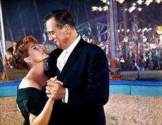 CIRCUS WORLD - John Wayne & Rita Hayworth