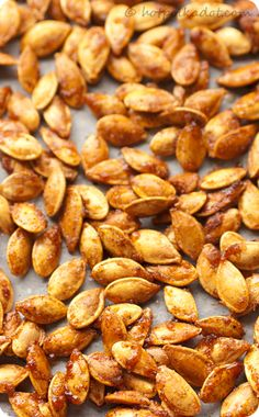 Sugar And Spice Toasted Pumpkin Seeds-great snack for a fall party or Halloween