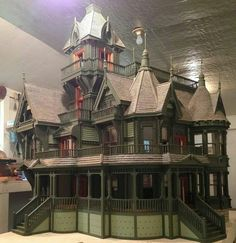 Carson Mansion by Ron's Dollhouses
