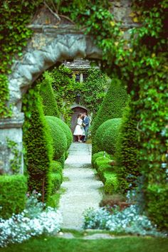 Bristol Vintage Wedding Fair: Abbey House Gardens - stunning wedding venue
