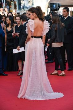 Barbara Palvin - 'Julieta' premiere Cannes Film Festival, France, May Elegant Dresses, Cute Dresses, Beautiful Dresses, Prom Dresses, Formal Dresses, Wedding Dresses, Barbara Palvin, Mode Style, Red Carpet Fashion
