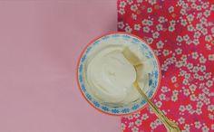 COMO FAZER MASCARPONE CASEIRO | INGREDIENTES: MÉTODO 1: •240ml de creme de leite fresco •8ml de suco de limão coado | MÉTODO 2: •1 lata de creme de leite